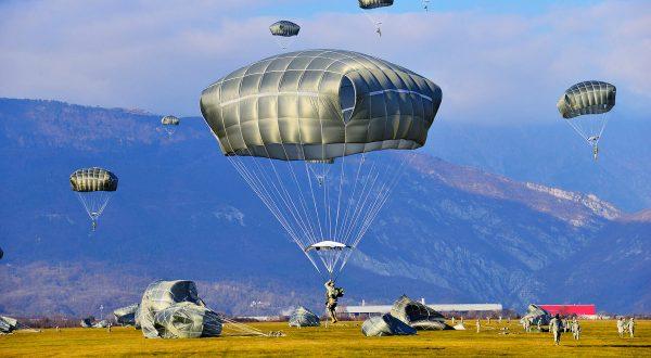 Військовослужбовці Десантно-штурмових військ отримають американські парашути - Цензор.НЕТ 9825